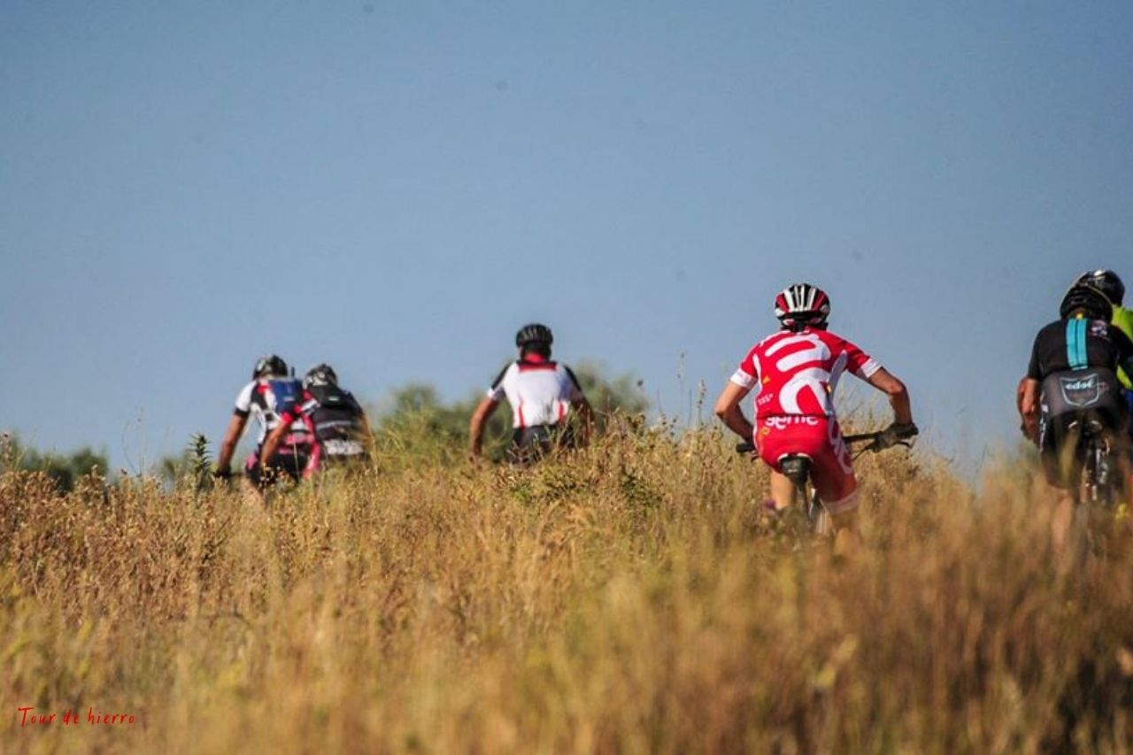 Ciclistas  Tour de Hierro